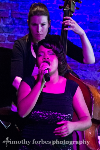 Theresa Watson, vocals with Karine Chapdelaine, bass