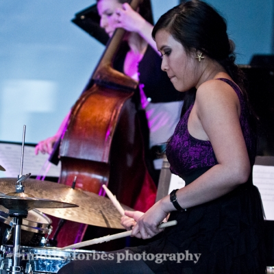 Isabelle De Leon, drums with Karine Chapdelaine, bass